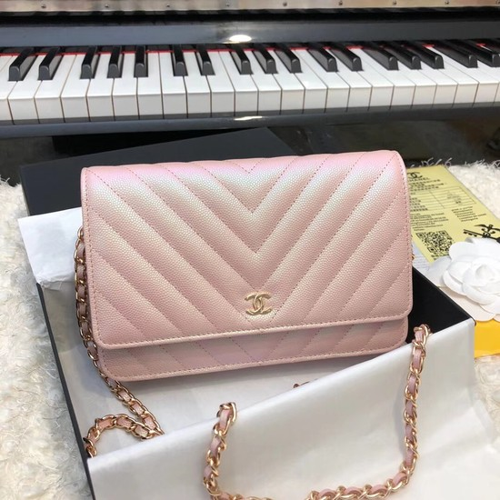 Chanel Original Caviar Leather Flap cross-body bag V33814 pink gold chain
