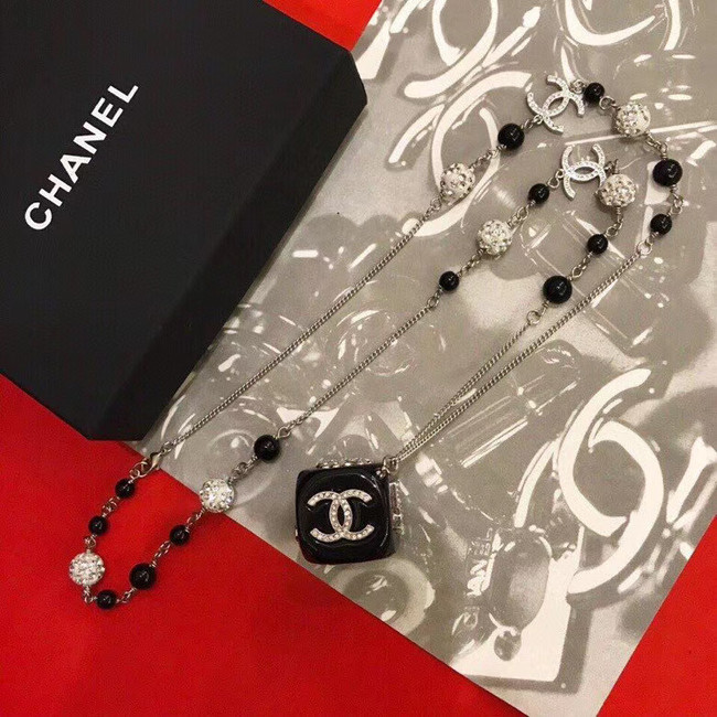 Chanel Necklace CE5121